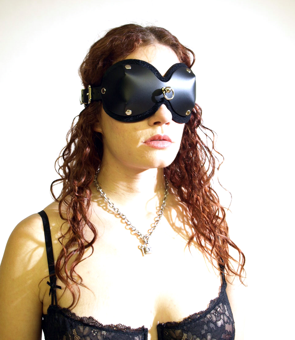 Worlds Best Blindfold (Leather)