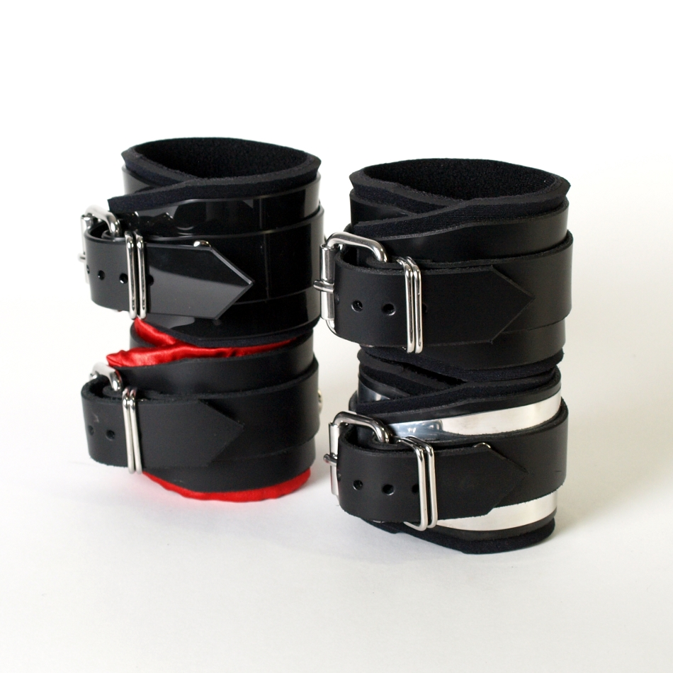 Deluxe Cuffs with Tear-Drop-Swivel-Eye.  ( 4 styles)