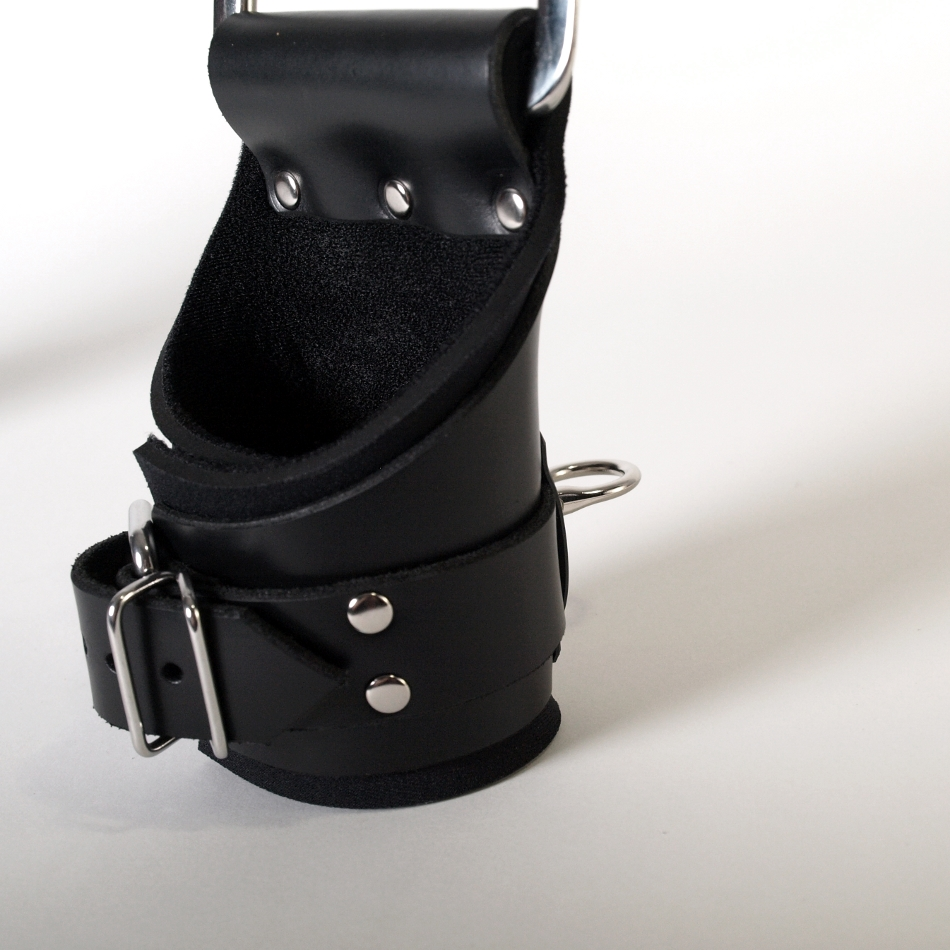 Deluxe Suspension Style Leather Cuffs.